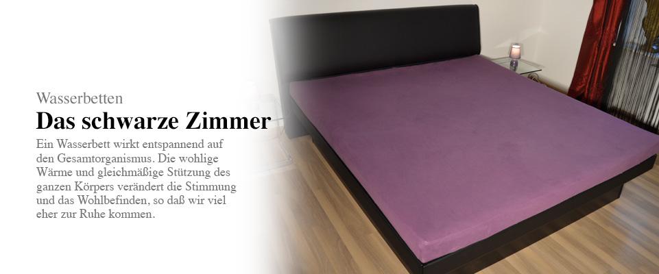 wasserbettentr ume das erlebnishaus in uettingen das schwarze zimmer. Black Bedroom Furniture Sets. Home Design Ideas